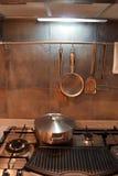 Cocina - interiores caseros foto de archivo