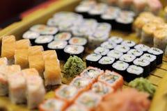 Cocina japonesa tradicional - sushi Imagen de archivo libre de regalías