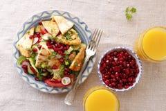 Cocina libanesa, fattush de la ensalada Fotos de archivo