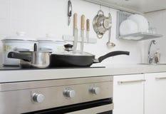 Cocina moderna imagenes de archivo