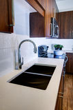 Cocina remodelada moderna Imagen de archivo