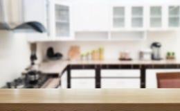Cocina, sobremesa de madera imagenes de archivo