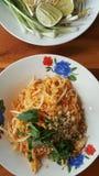 Cocina tailandesa Padthai Fotos de archivo libres de regalías