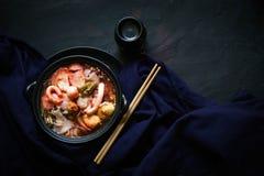 Cocina tradicional de Tailandia, Yen Ta Fo, tallarines tailandeses, comida de la calle Imágenes de archivo libres de regalías