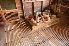 Cocina y equipo tailandeses tradicionales viejos Fotografía de archivo