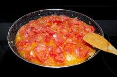 Cocinar el alimento, jabón de los tomates Imagen de archivo