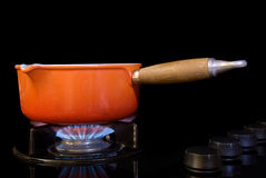 Cocinar el crisol en estufa Fotos de archivo