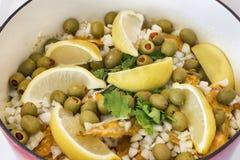 Cocinar el pollo marroquí Imagen de archivo