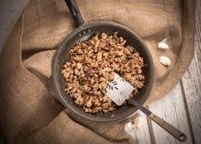 Cocinar la carne de tierra Fotografía de archivo libre de regalías