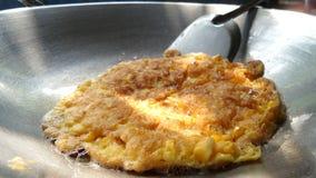 Cocinar la tortilla Foto de archivo libre de regalías