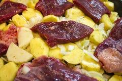 cocinar platos de la carne Imágenes de archivo libres de regalías