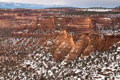 Cocine las formaciones de la piedra arenisca de Ovens en el monumento nacional de Colorado Imagenes de archivo