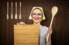 Cocinero divertido de la mujer Fotografía de archivo