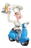 Cocinero en el ciclomotor de la vespa que entrega la mascota del perrito caliente Imagen de archivo