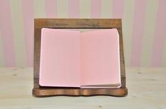 Cocinero rosado Book Imagen de archivo