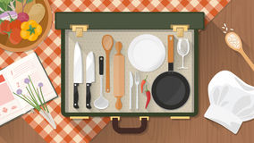 Cocinero y abastecimiento en casa Fotografía de archivo libre de regalías