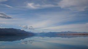 Cocinero y lago Pukaki del montaje Imagen de archivo libre de regalías