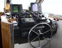 Cockpit av fiskebåten Arkivbilder