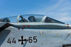Cockpit ein zweistrahliges, Variabelschleifenflügel-Kampfflugzeug, Panavia-Tornado ECR stockfoto