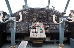 Cockpit eines alten Doppeldeckers lizenzfreie stockfotos