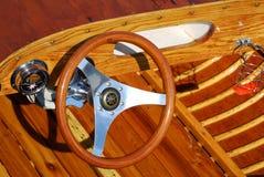 Cockpit eines antiken Bootes Stockfotografie