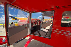 cockpit för cessna 140 Arkivfoto