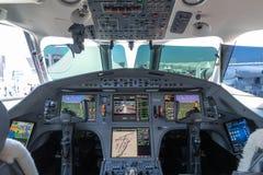Cockpit för stråle för affär för Dassault falk 900LX arkivbilder