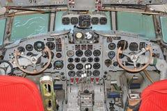 Cockpit Ilyushin IL 18 Arkivbild