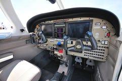 Cockpit van een vliegtuig in Singapore Airshow 2010 Royalty-vrije Stock Afbeeldingen
