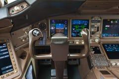 Cockpit van vliegtuig Stock Afbeeldingen