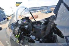 Cockpit von Kampfflugzeug Lockheed Martins F-35 in Singapur Airshow lizenzfreie stockbilder