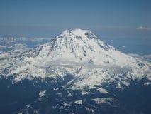 Cockpitfoto av Mount Rainier Arkivfoton