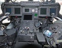 cockpithelikopter arkivbild