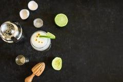 Cocktail aigre de Pisco image libre de droits