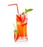 Cocktail al gusto di frutta rosso immagine stock