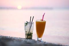 Cocktail al tramonto Immagini Stock