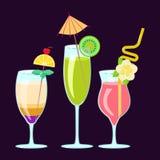 Cocktail alcoólicos exóticos Foto de Stock