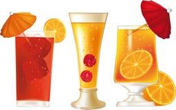 Cocktail alcoólicos tropicais Fotografia de Stock