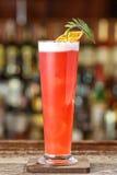 Cocktail alcoolique basé sur le genièvre Photos libres de droits