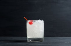 Cocktail antiquado imagem de stock