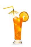 Cocktail arancio luminoso in alto vetro immagini stock libere da diritti