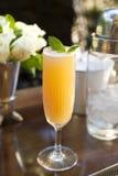 Cocktail auf einem Zählwerk Lizenzfreies Stockfoto