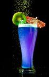 Cocktail azul com quivi Fotografia de Stock