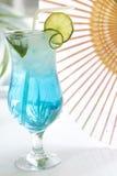 Cocktail azul da bebida com gelo Foto de Stock Royalty Free
