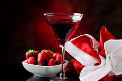 Cocktail with berries Royalty Free Stock Images