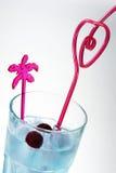 Cocktail bleu drôle Photographie stock libre de droits