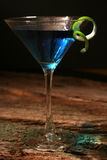 Cocktail bleu du Curaçao Photos stock