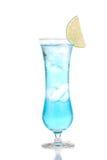 Cocktail blu della margarita dell'alcool o tè ghiacciato hawaian blu con Li Immagine Stock Libera da Diritti