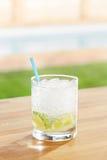 Cocktail clássico do caipirinha por uma associação fora Fotos de Stock Royalty Free