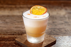 Cocktail com bourbon imagem de stock